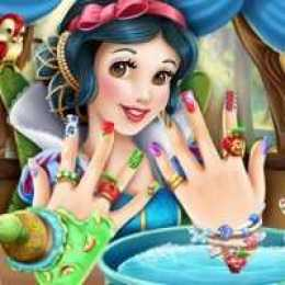 Snow White Nails Makeover